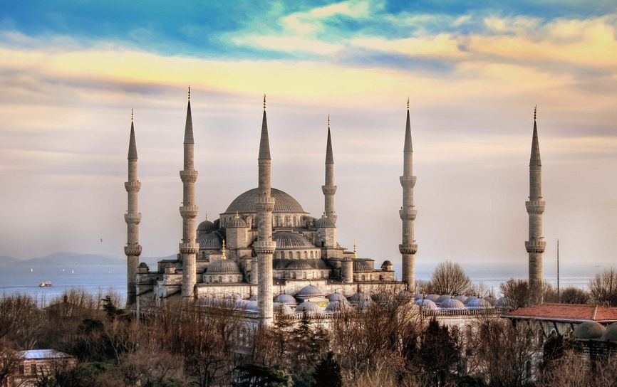 Blue Mosque, Istanbul ( Flickr )