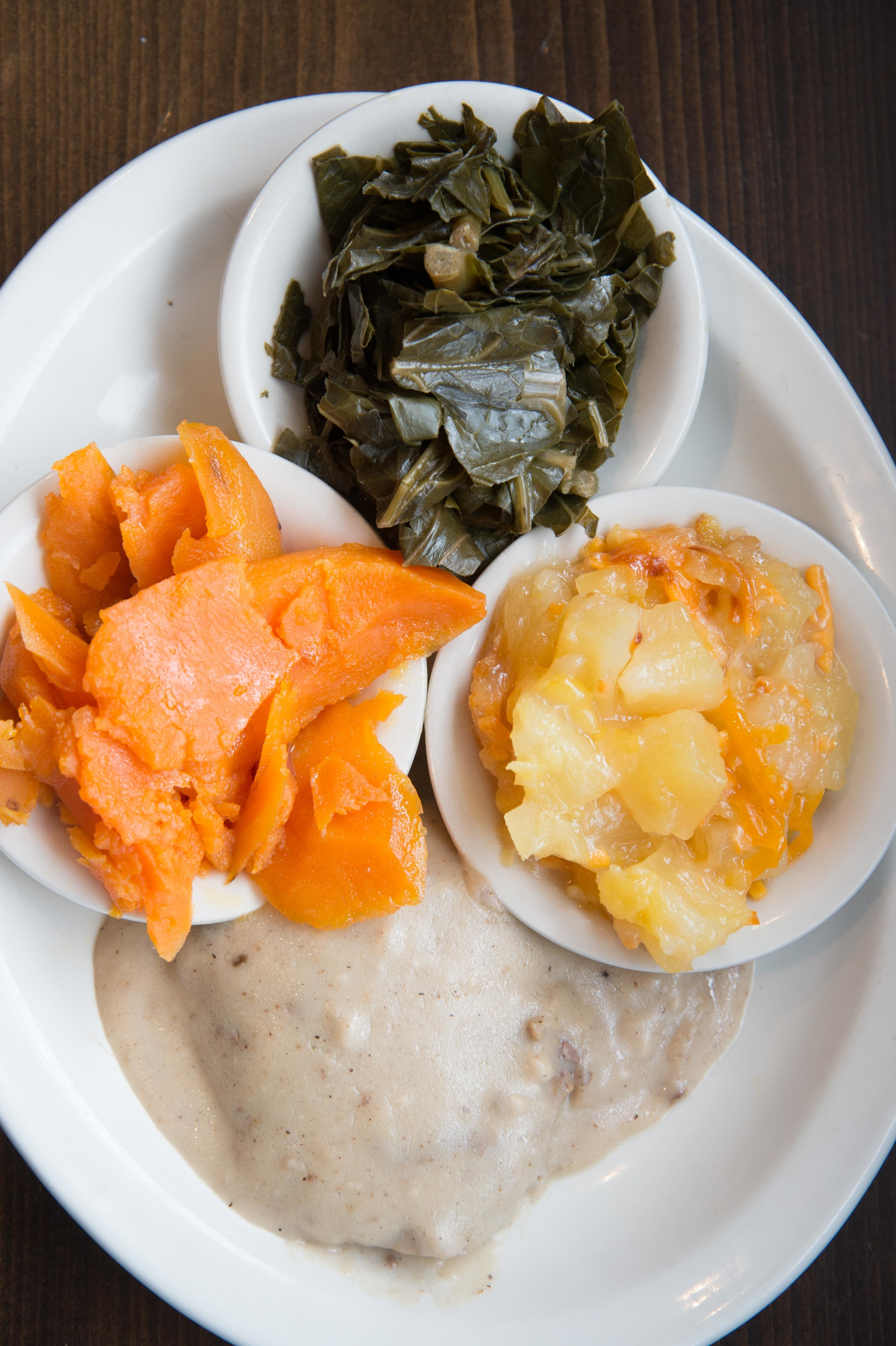 Vegetable Plate (collard greens, sweet potatoes, pineapple casserole, country-style steak)
