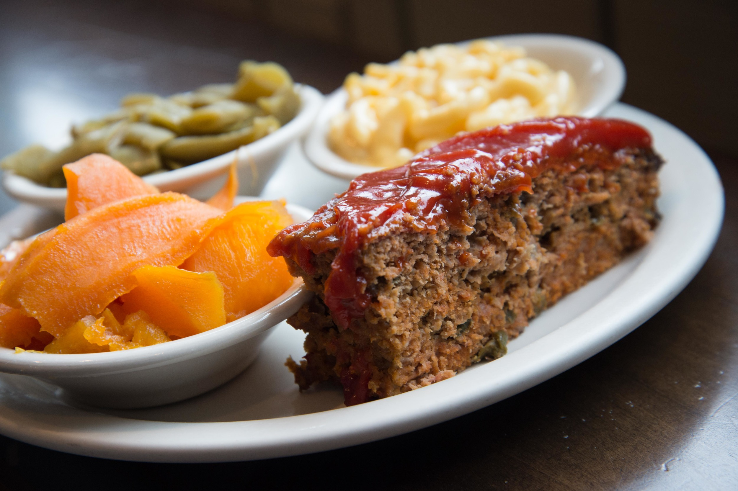 Vegetable Plate (meat loaf, green beans, sweet potatoes, and macaroni & cheese)