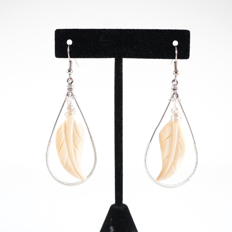 feather_bone_earrings_1.jpg