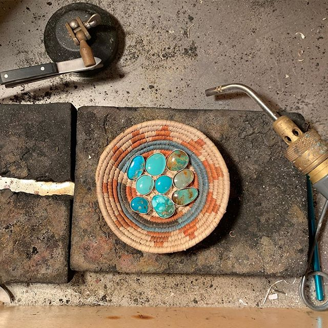 Sunday evening workbench views. Check out my story for behind the scenes action of how I make my 3 stone rings and let me know if you wanna see more! #riojeweler #inprogress #turquoise #handmade