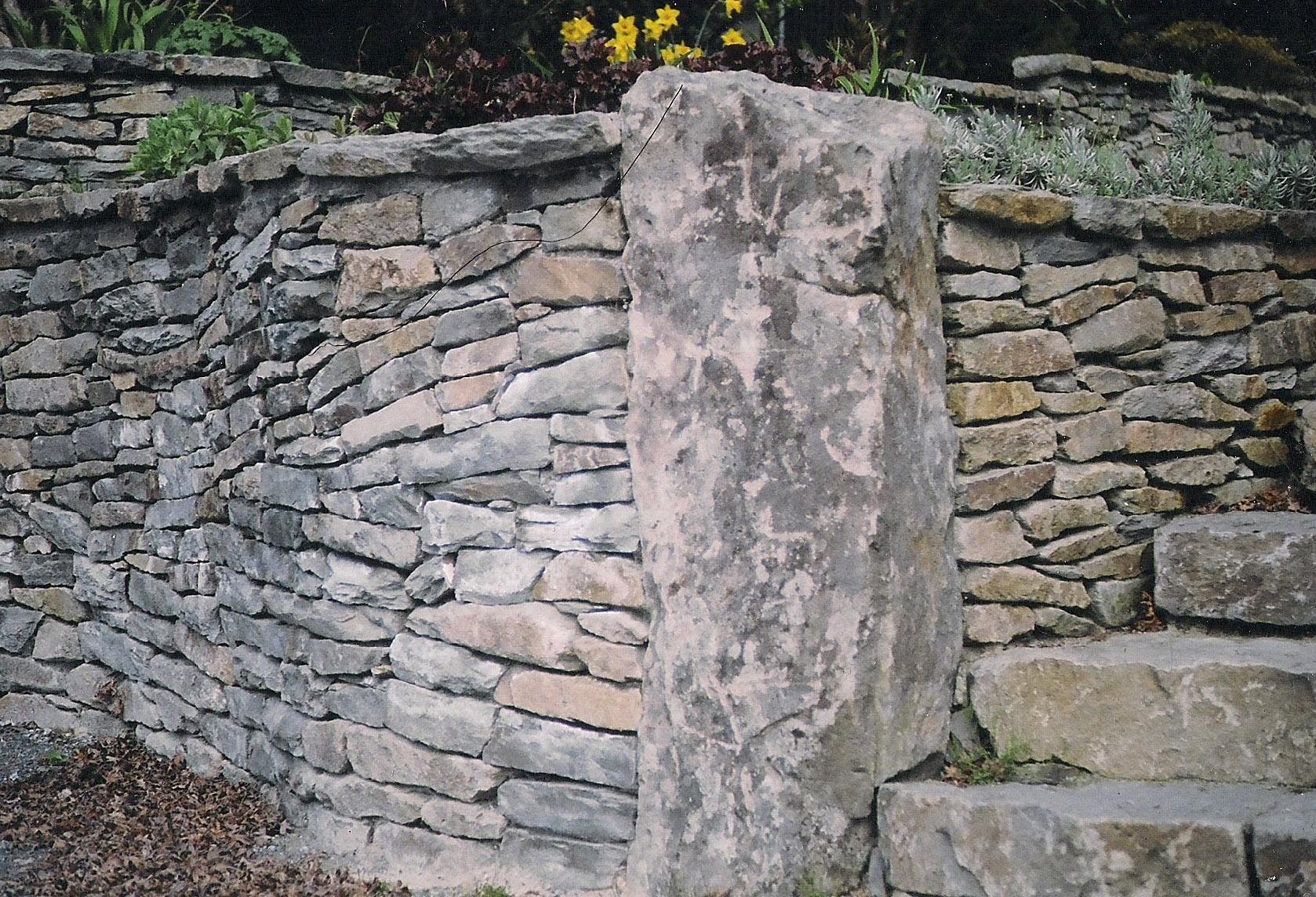 Stone_13.jpg