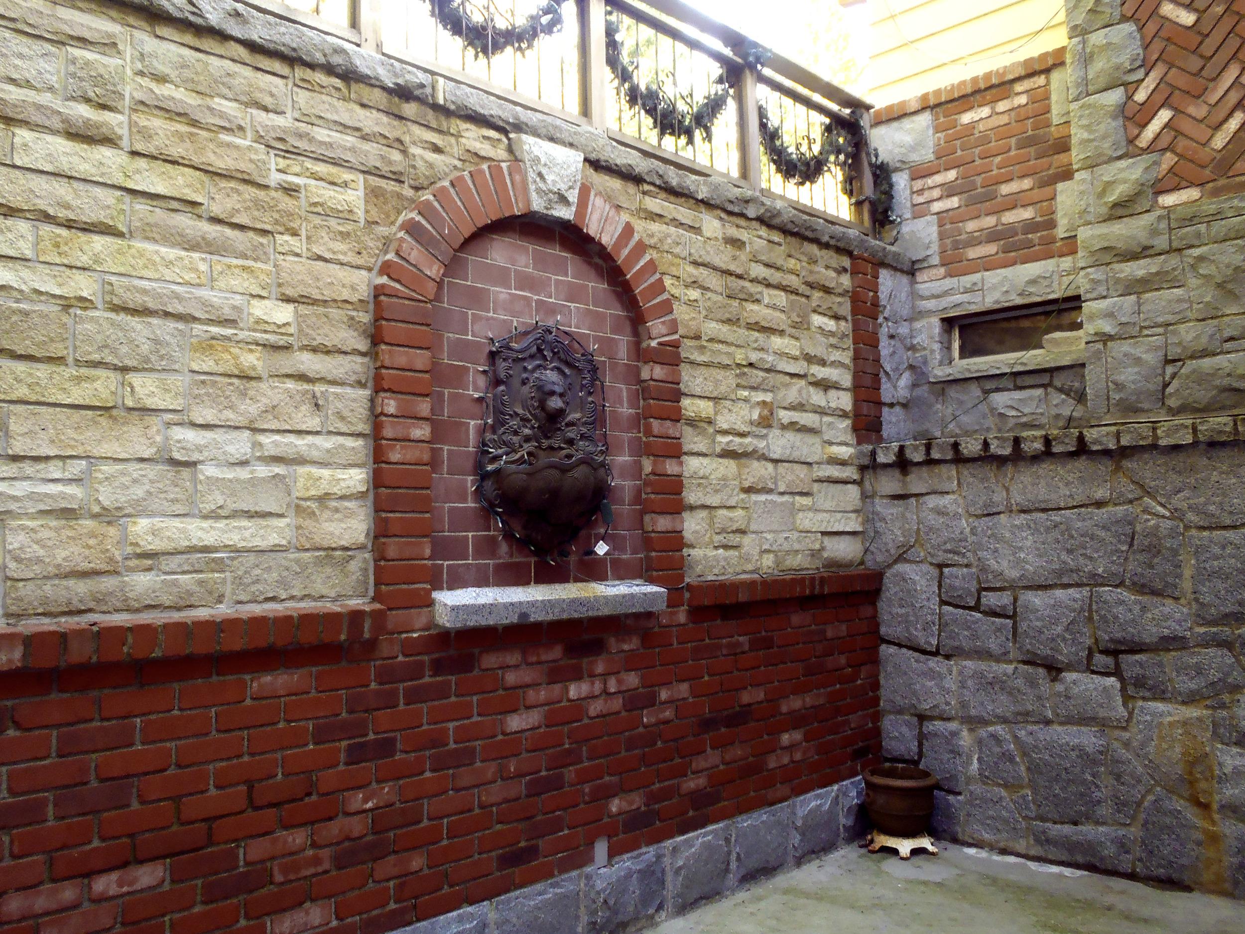 Brick_9.jpg