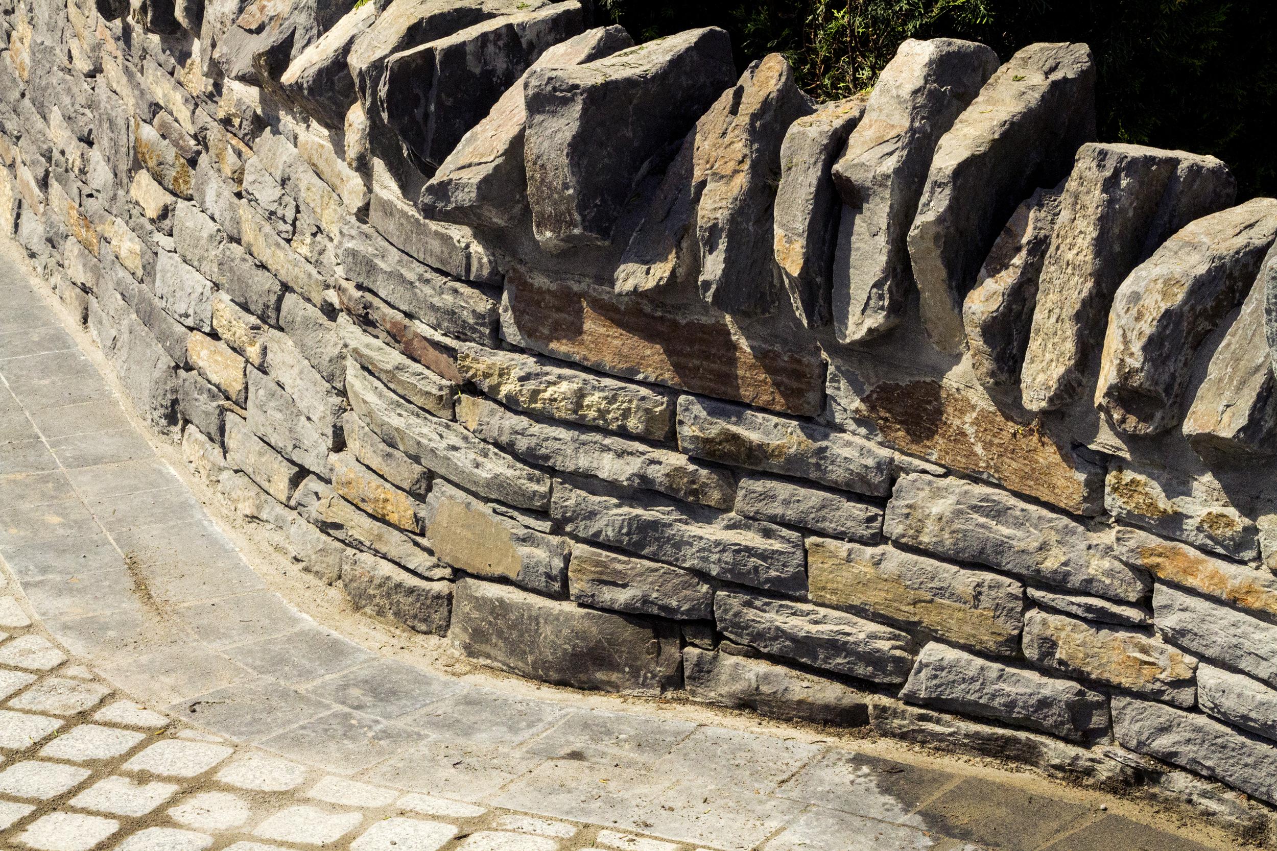 Stone_33.jpg