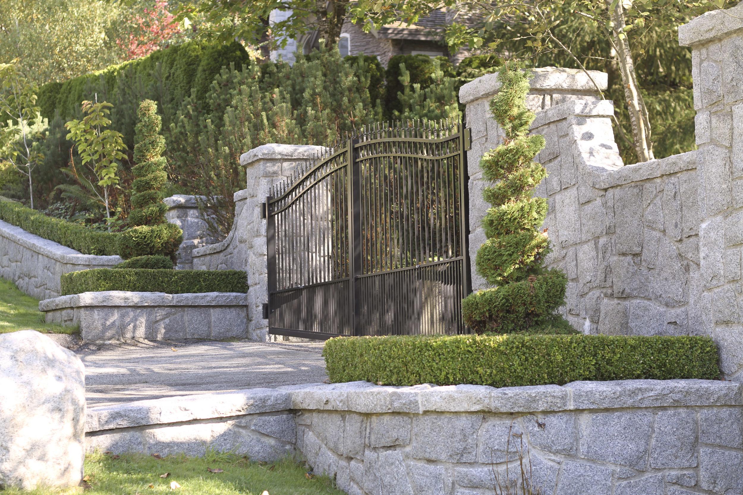 Entrance_6.jpg