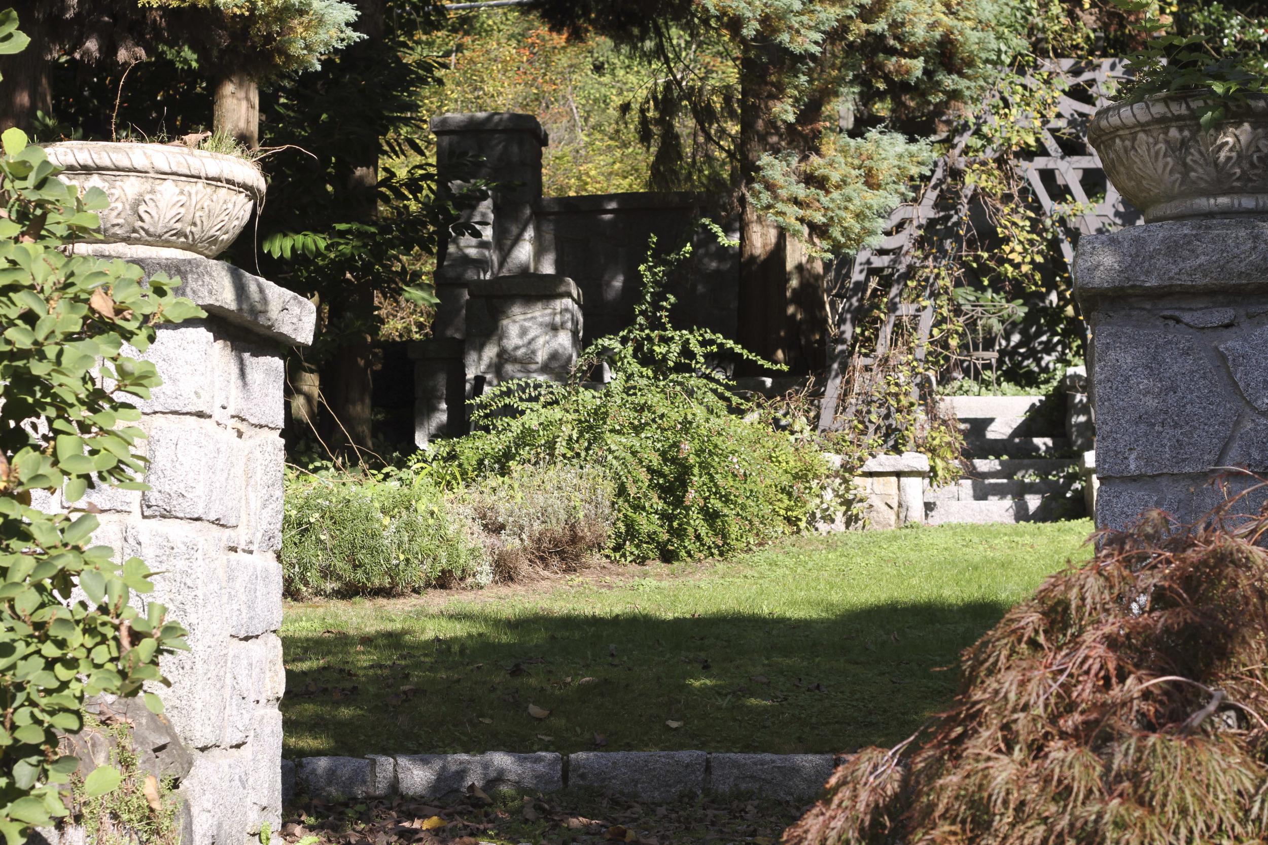 Entrance_14.jpg