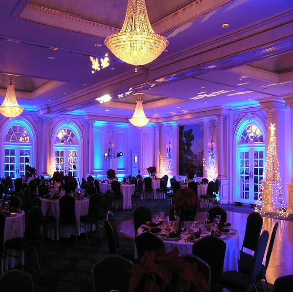 600x600_1399735176326-wedding-uplighting-5.jpg