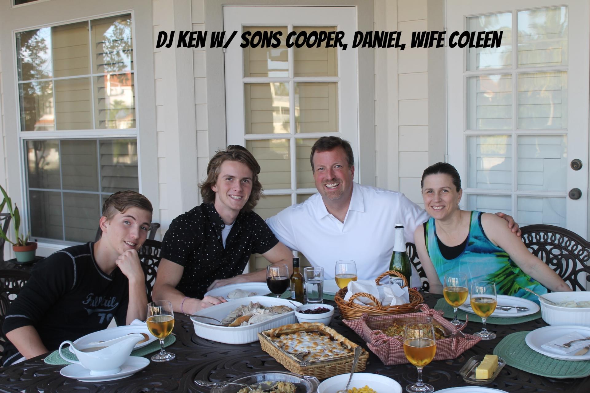 HODSDON FAMILY 11 26 15.jpg