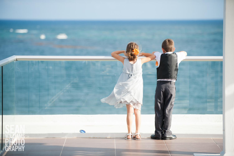 wedding-photographer-vancouver-edmonton-beach-destination-love-1-2.jpg
