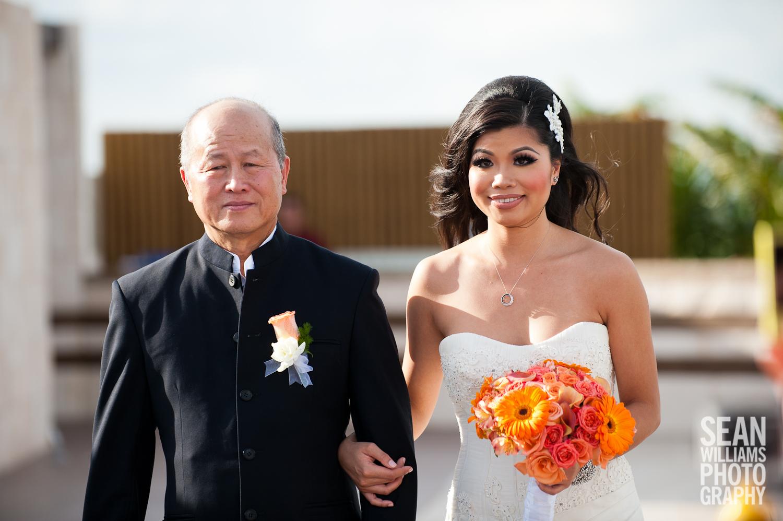 wedding-photographer-vancouver-edmonton-beach-destination-love-8.jpg
