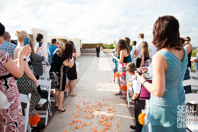 wedding-photographer-vancouver-edmonton-beach-destination-love-12.jpg