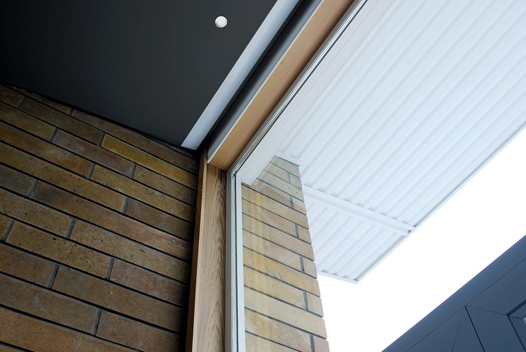 140417 roof + window.jpg