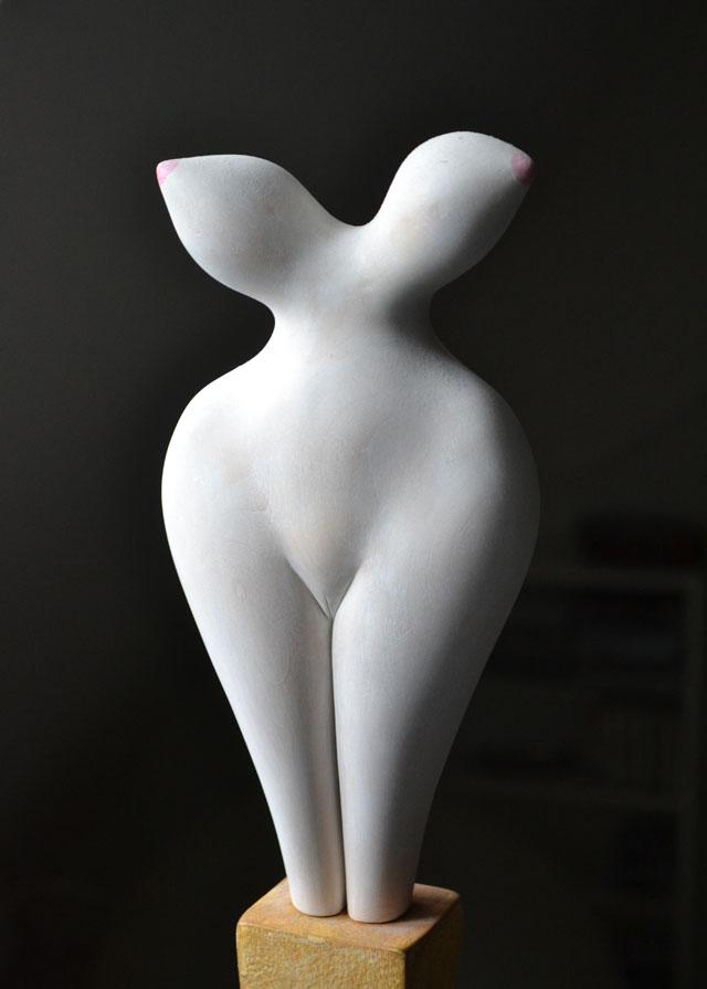 "Ragnhild Alexandersson: ""Balloons"". Wood, 12 x 30 cm"