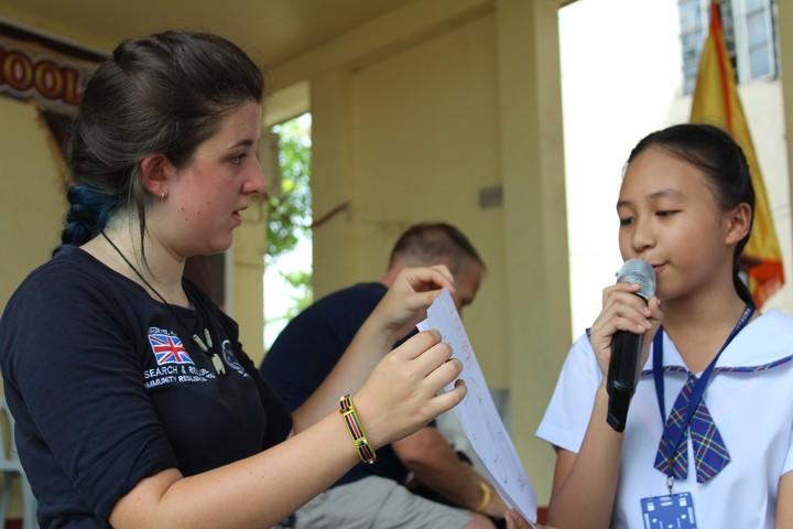 Jazz teaching some of the Manduae school children.