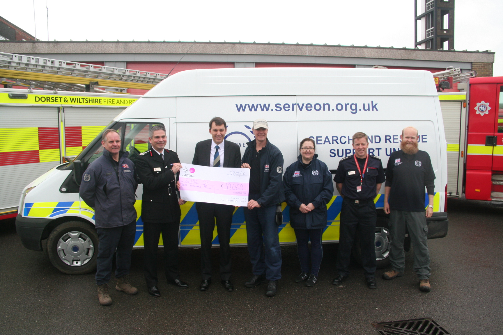 Chief Fire Officer Ben Ansell and Salisbury MP John Glen unveil our new kit van with Serve On volunteers