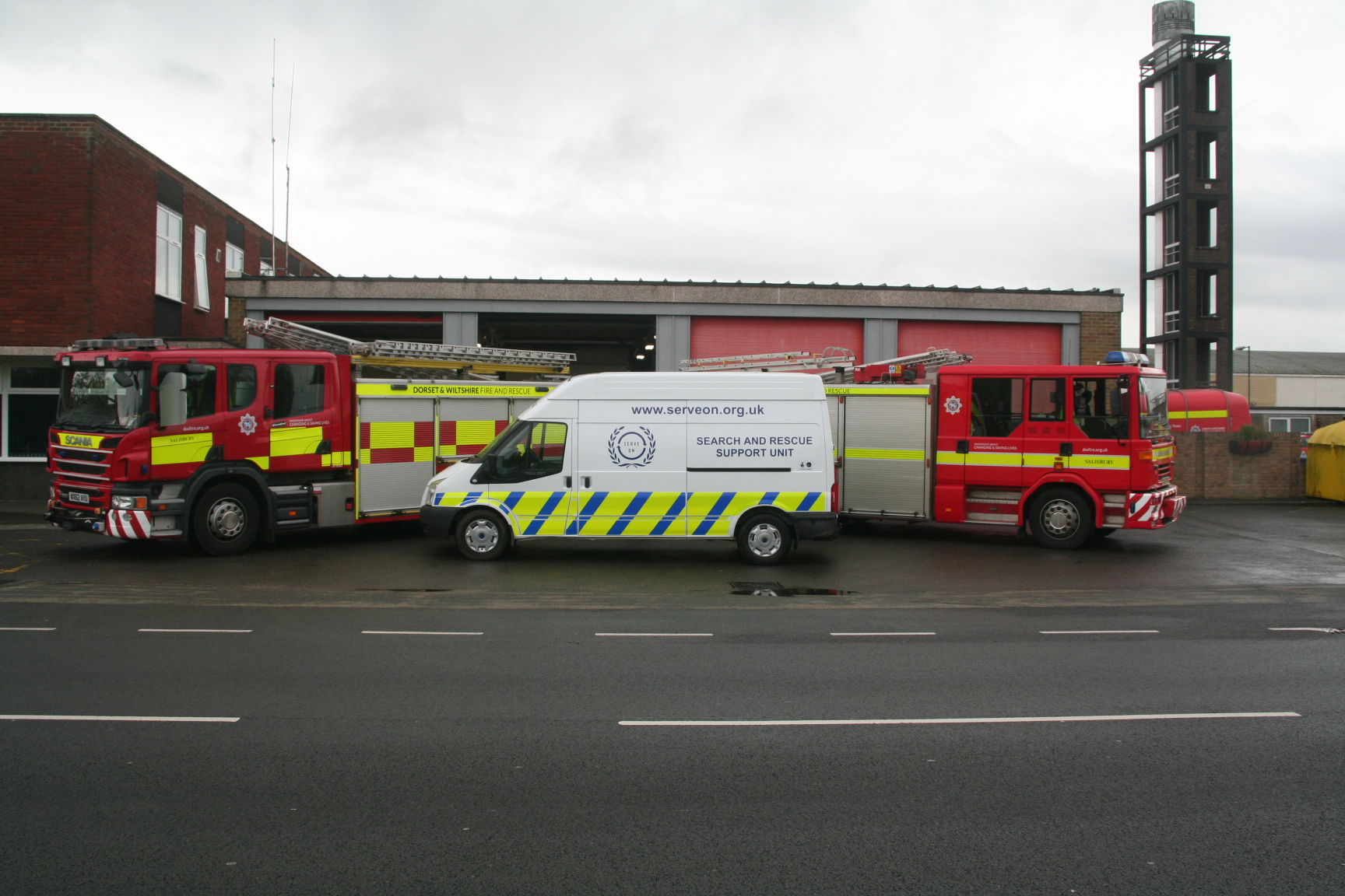 DWFRS appliances keep our new Big Lottery Fund-funded kit van company at Salisbury Fire Station