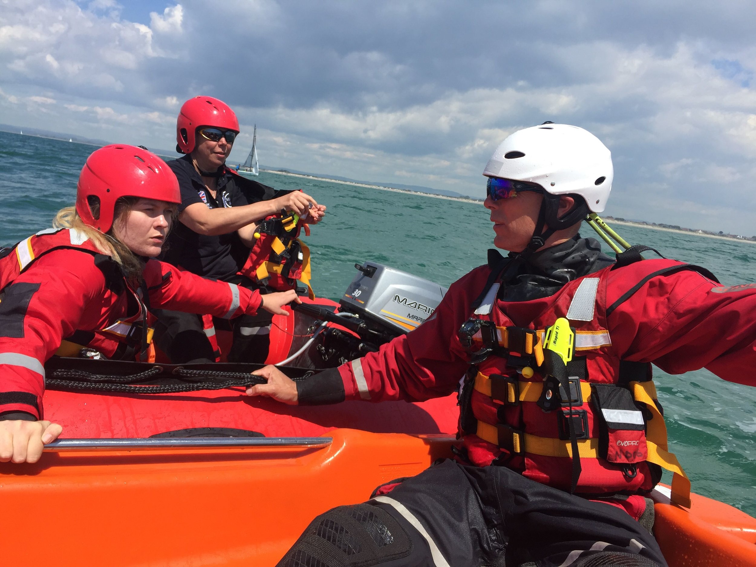 Serve On volunteers provided safety cover for the Hayling Island Sailing Club Whitsun Open Regatta, and tried to stay cool as the weather and the racing hotted up.