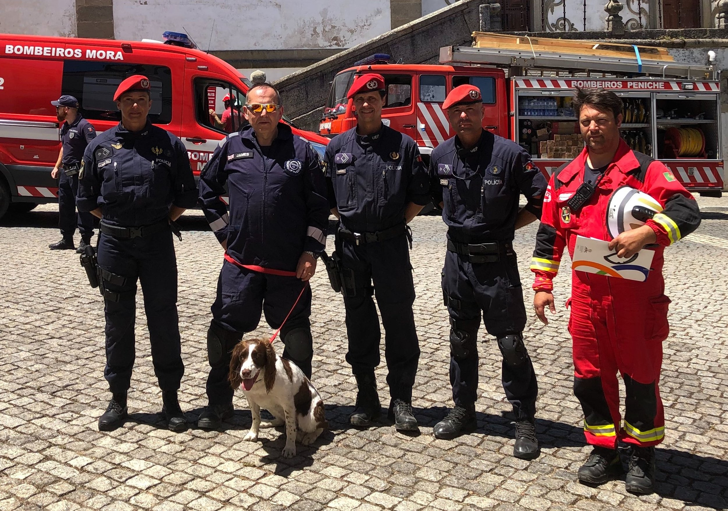 Serve On search dog Molly and handler James with members of the Associacao Humanitaria dos Bombeiros Volontarios de Peniche (AHBV) during the Cascade'19 EU Civil Protection Exercise in Portugal.