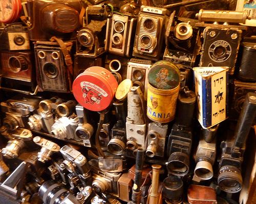 AntiqueCameras_Flickr_bg