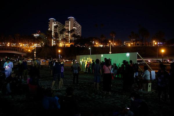 GLOWbal, Image Still, Audience Participation, Karen Atkinson, 2013. Beachview.