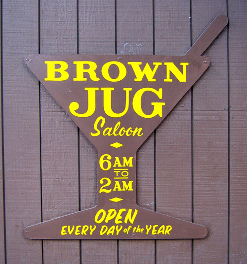 HAND-brown-jug-saloon_3161124829_o.jpg