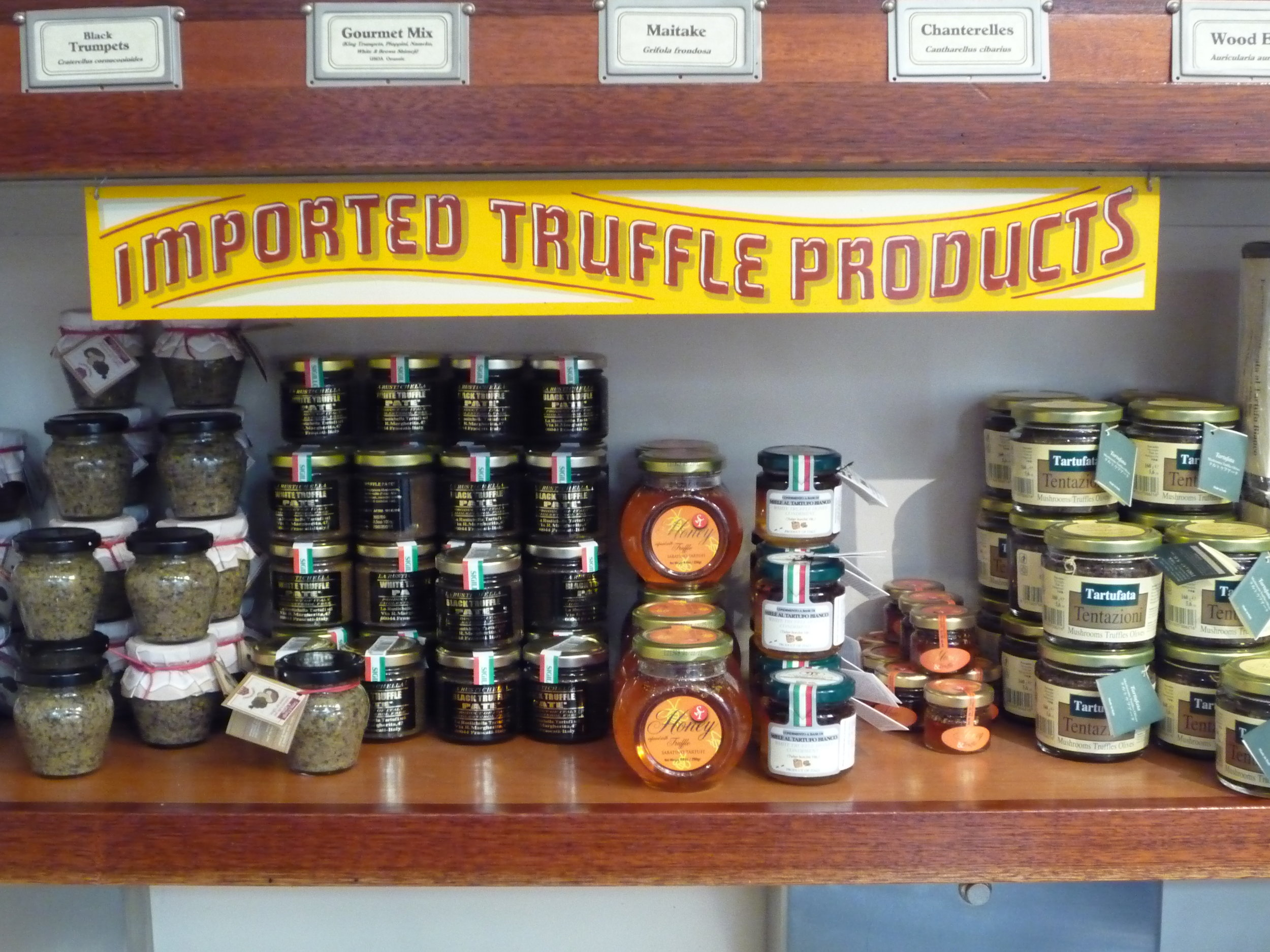 HAND-far-west-fungi-truffle-products-shelf-sign_4323724722_o.jpg