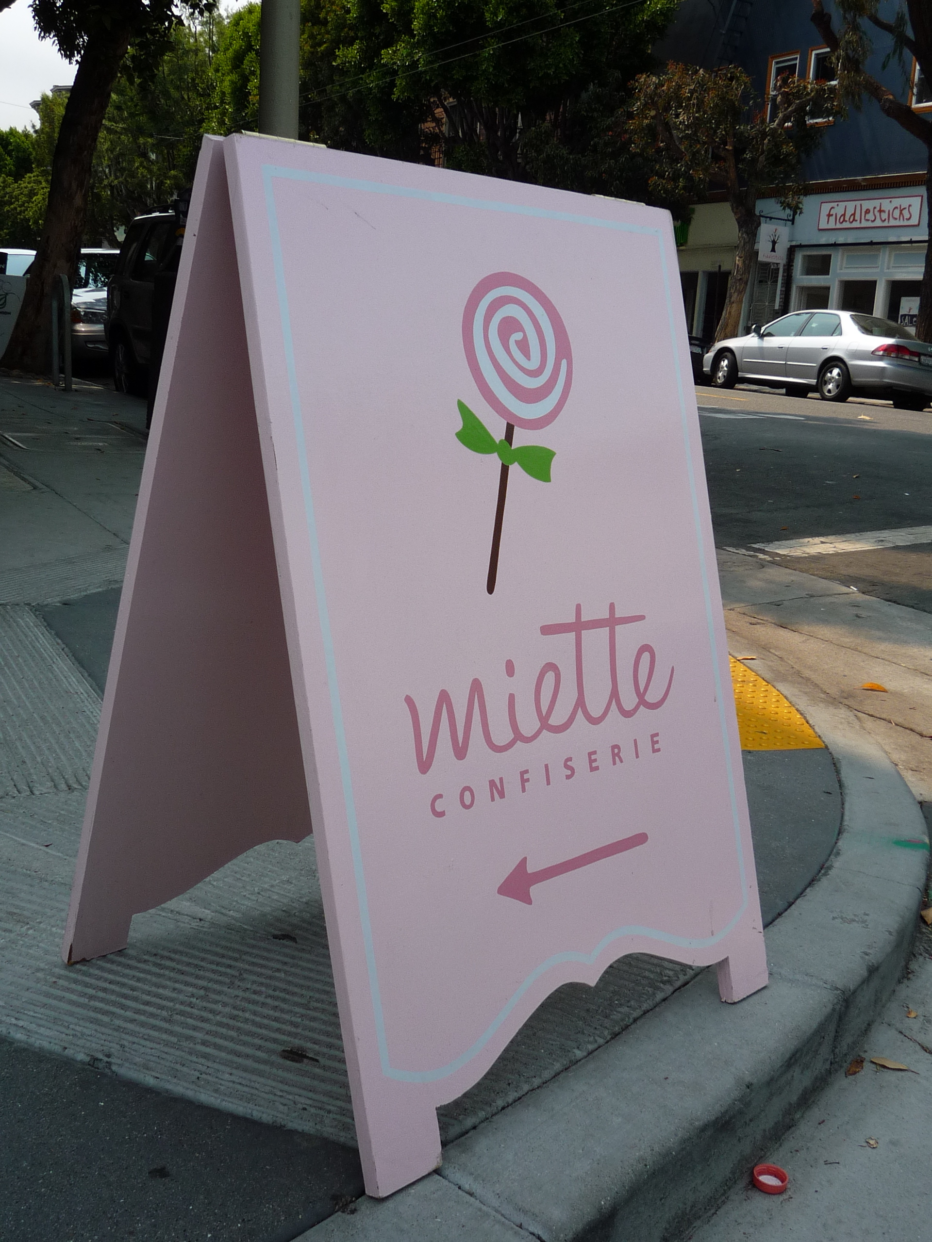A-FRAME-miette-confiserie-sandwich-board_3059512399_o.jpg