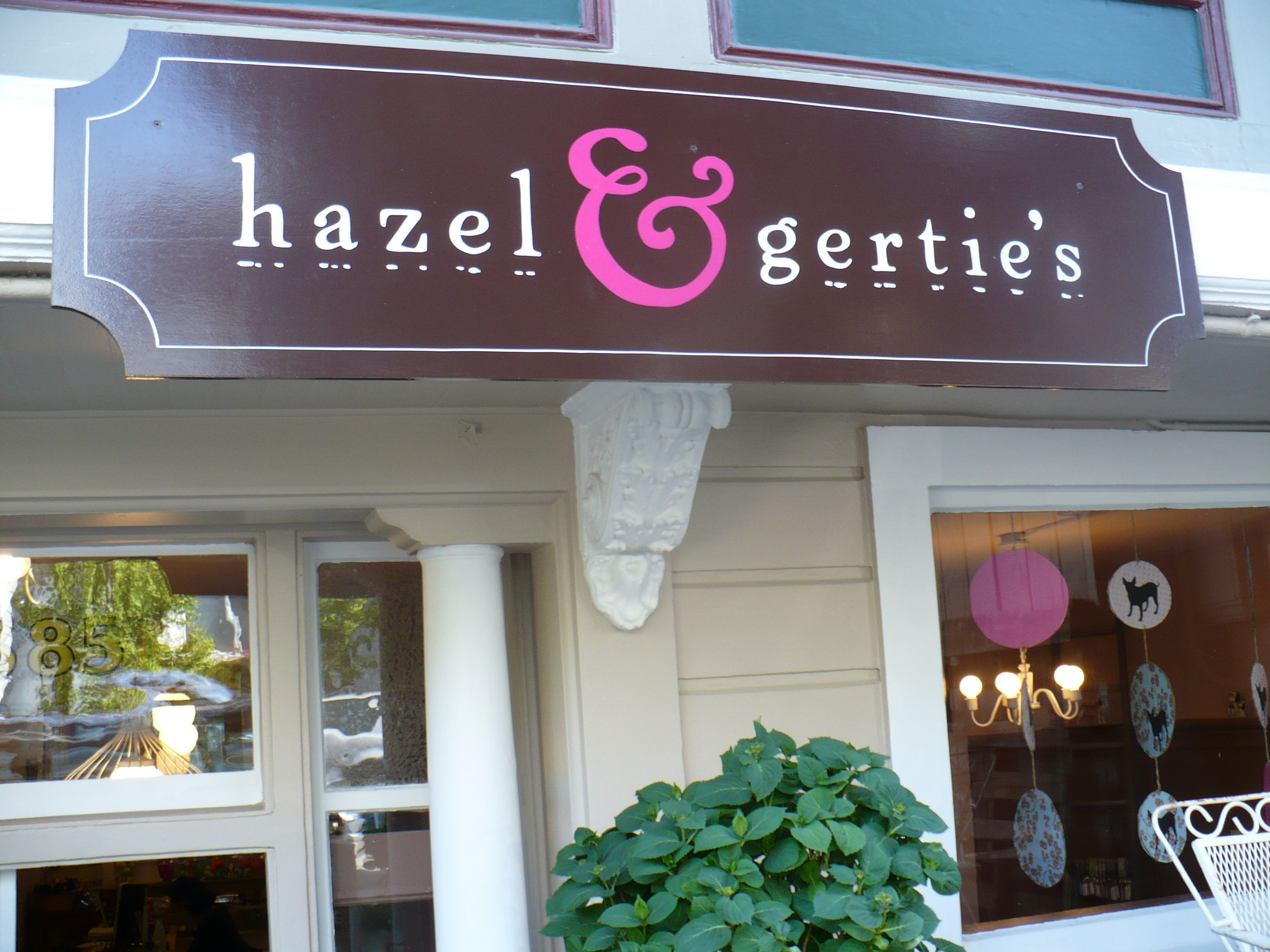 HAND-hazel--gerties_3131053349_o.jpg