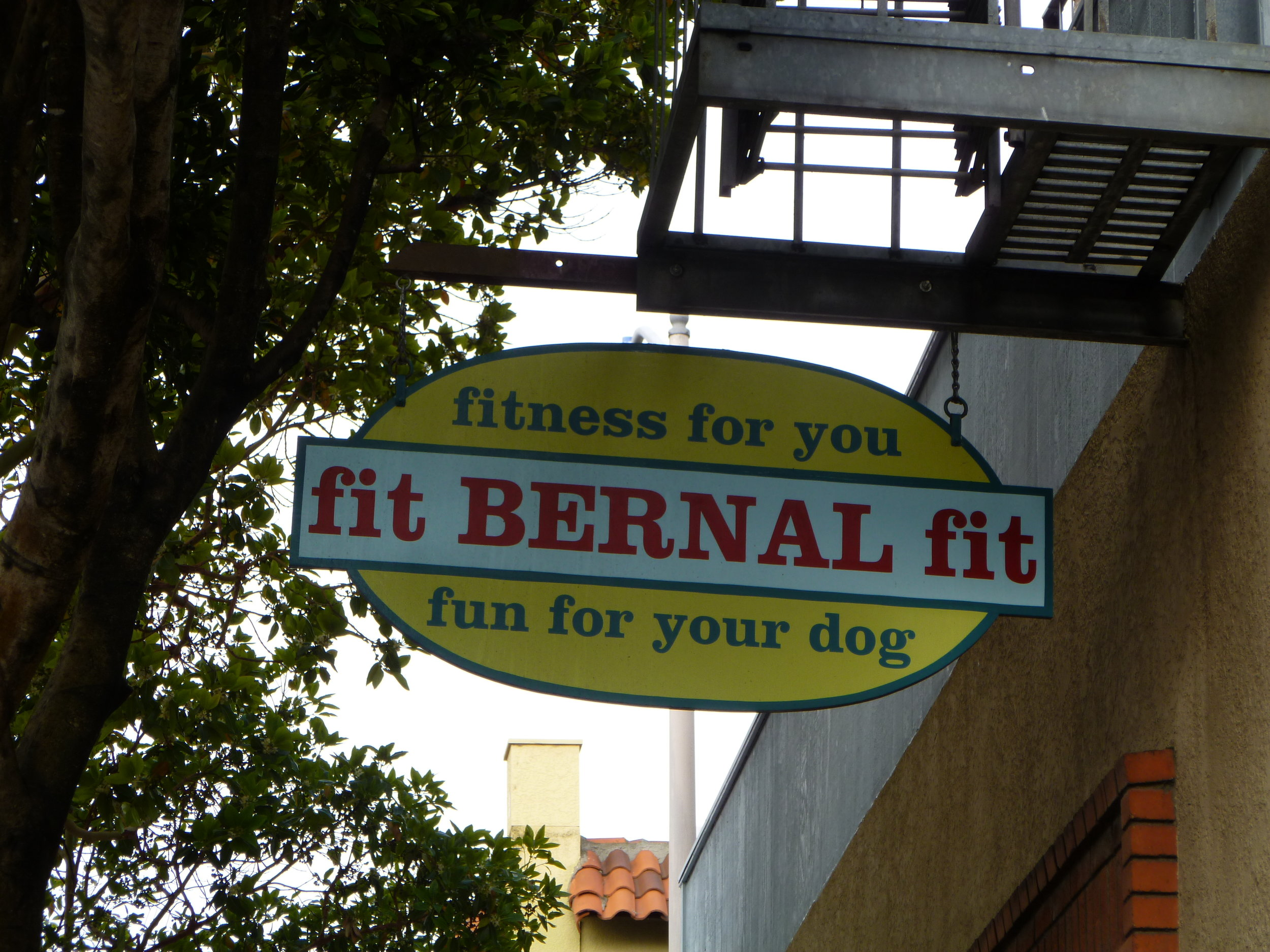 HAND-fit-bernal-fit-projecting-sign_5006177015_o.jpg