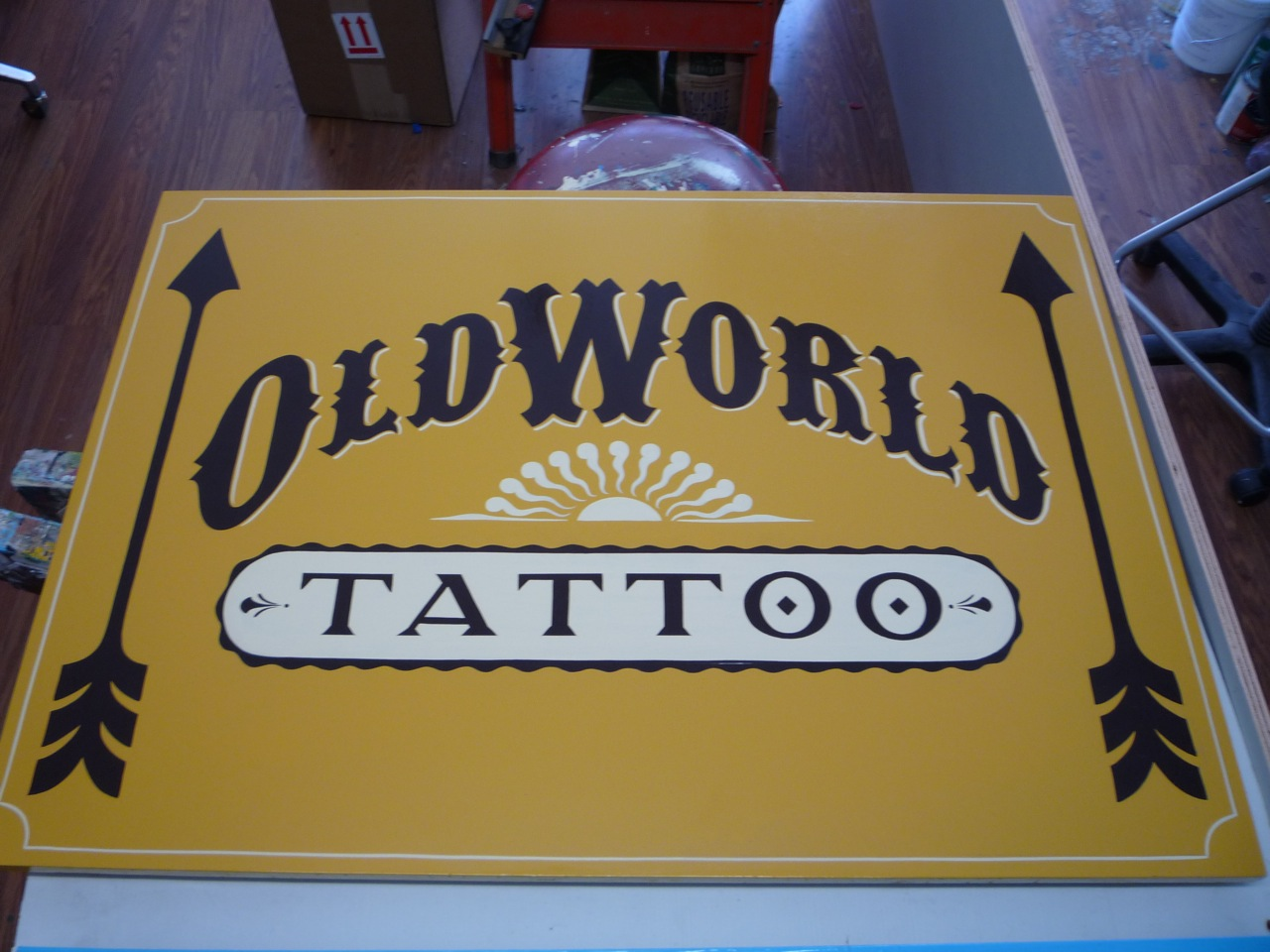 HAND-old-world-tattoo-simple_4844776020_o.jpg