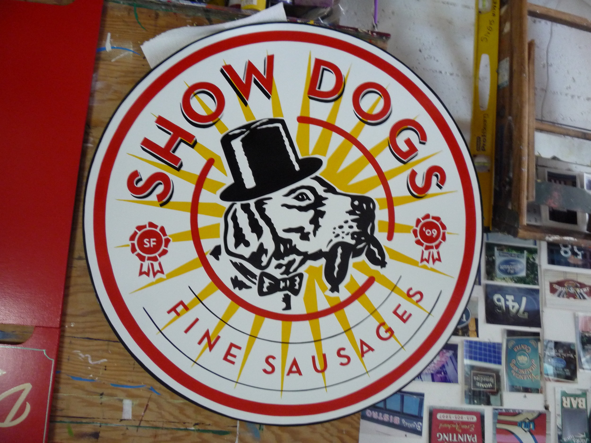 HAND-show-dogs-projecting-sign_4747643886_o.jpg