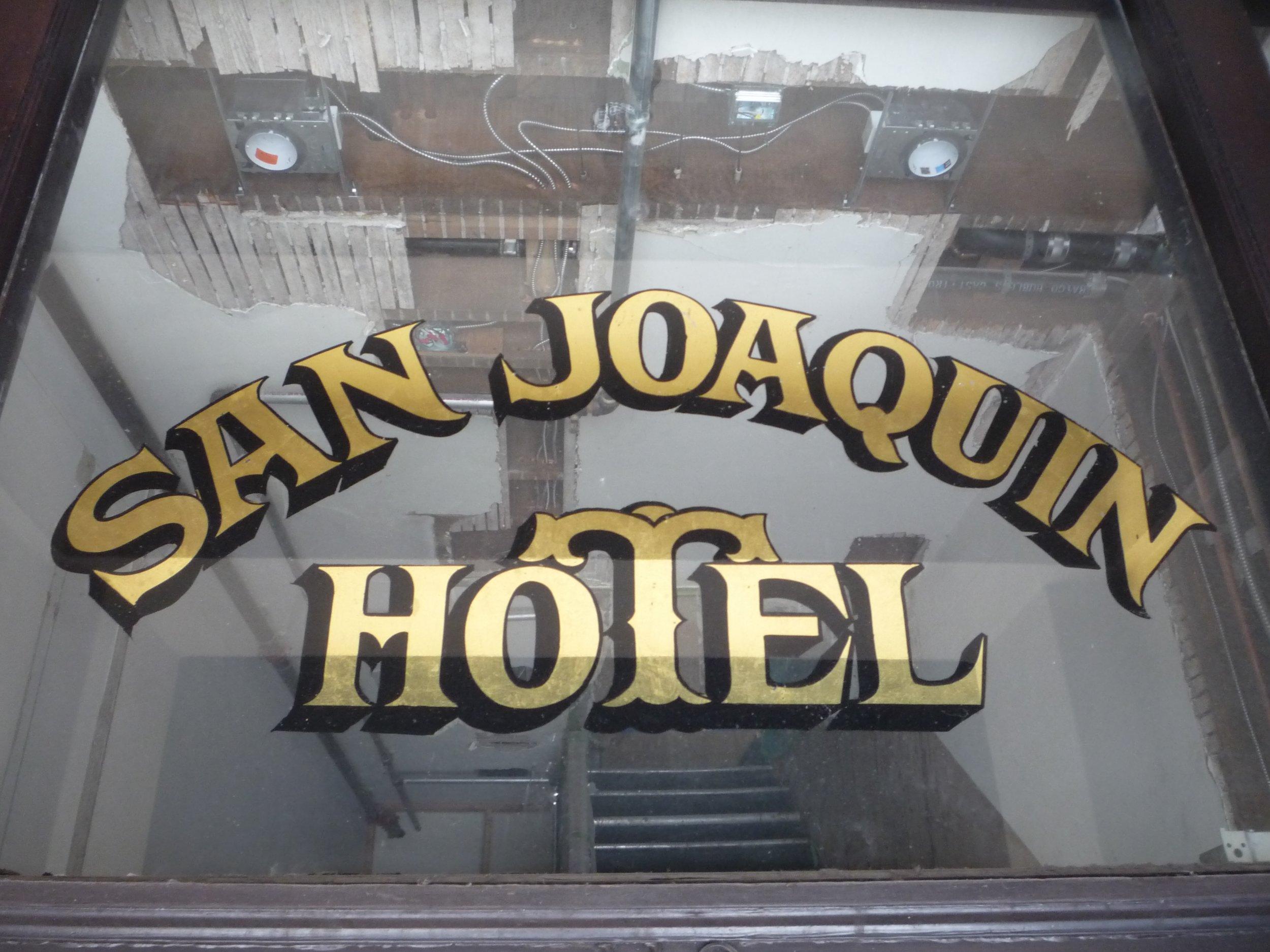 GOLD-san-joaquin-hotel_9352890383_o.jpg