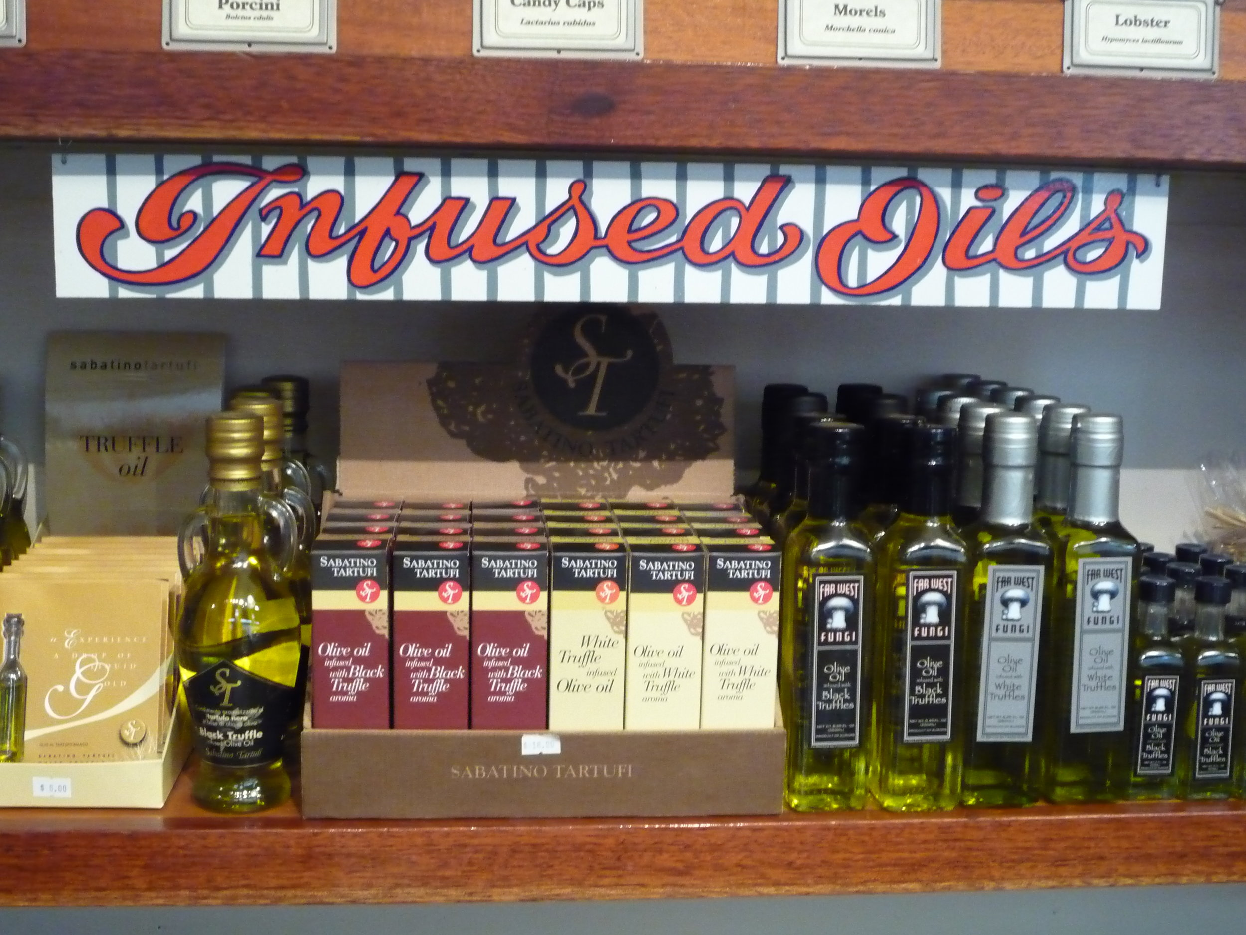 ORIG-far-west-fungi-infused-oils-shelf-sign_4322990523_o.jpg