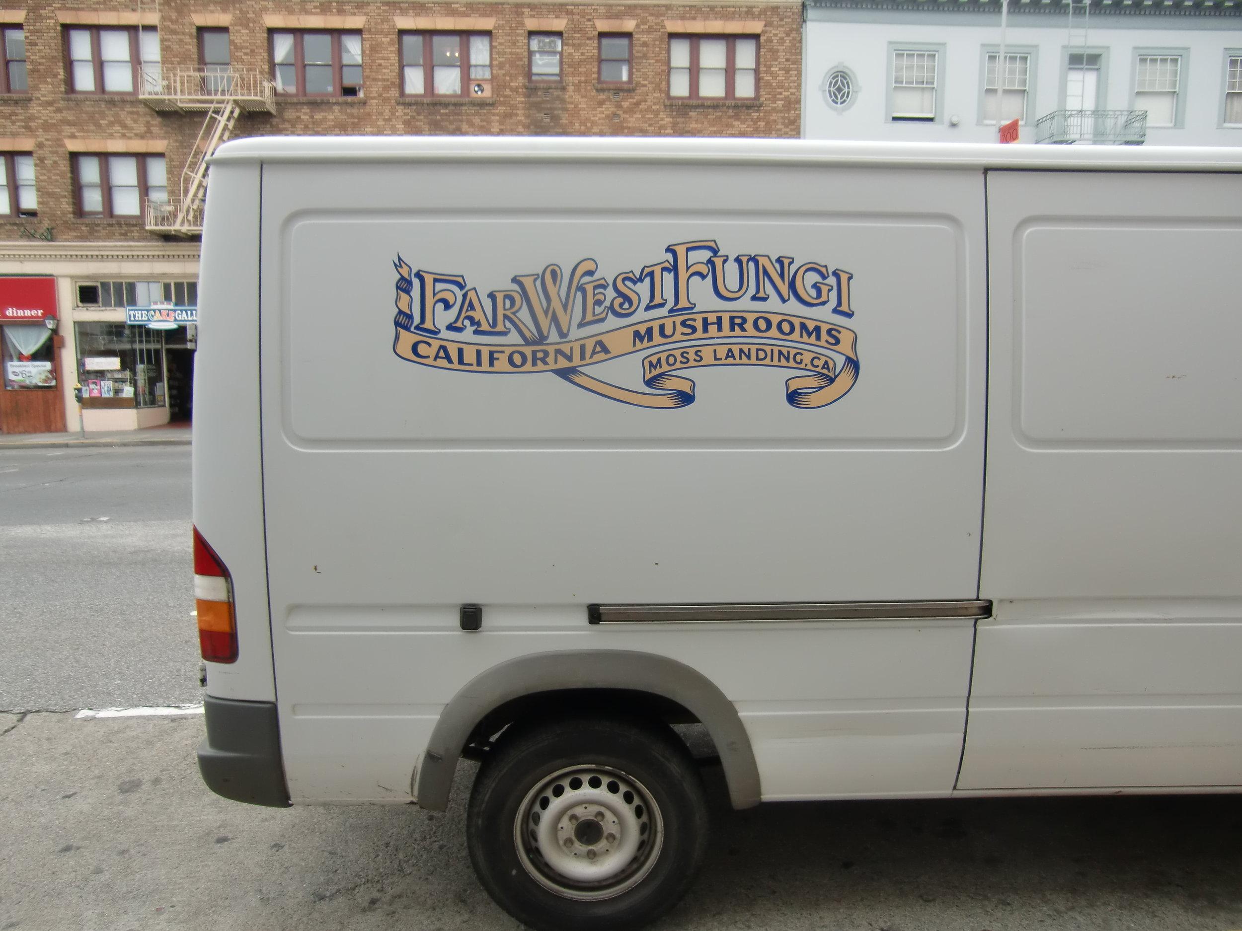 ORIG-far-west-fungi-delivery-van_5959426868_o.jpg