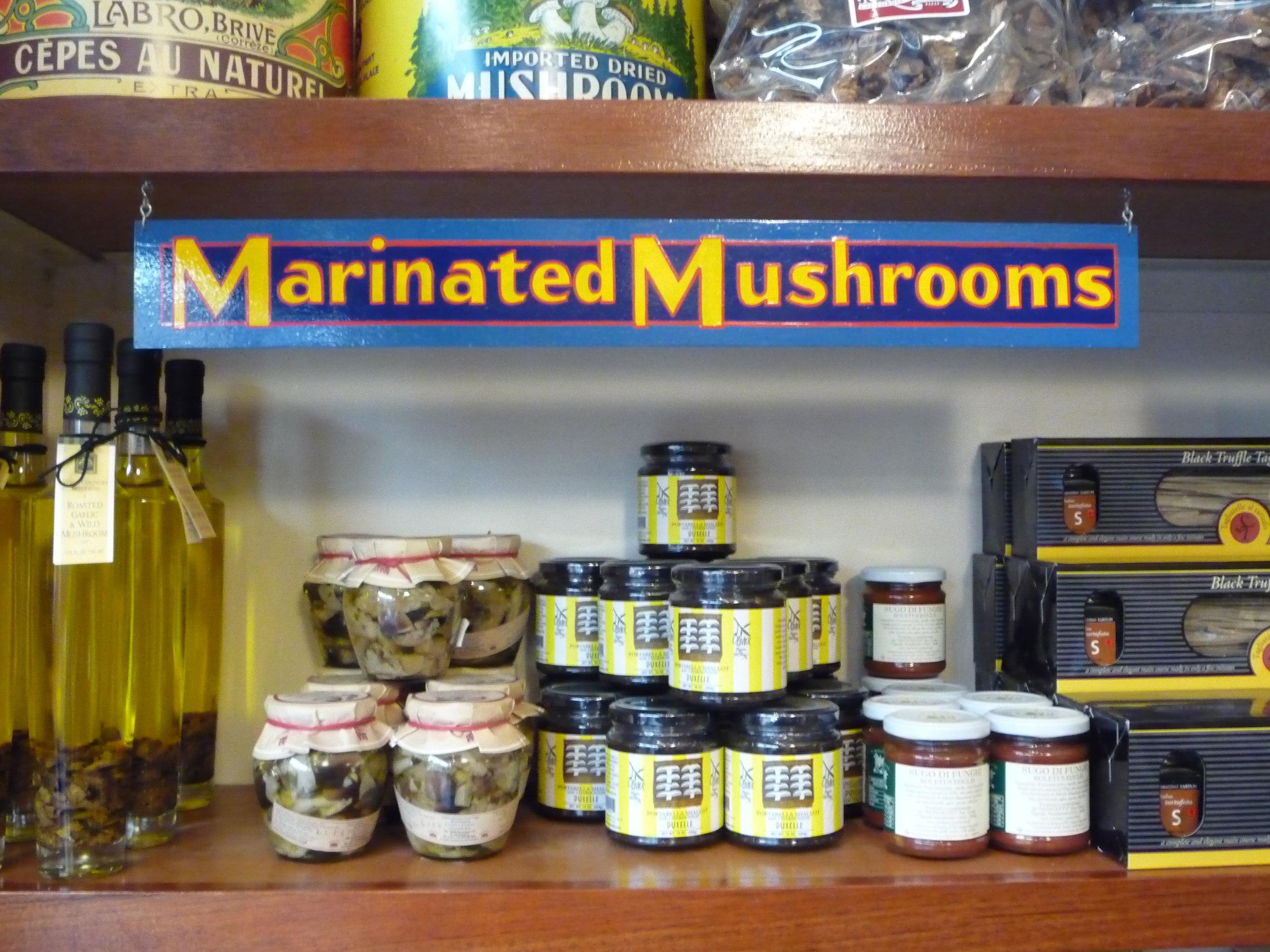 ORIG-far-west-fungi-marinated-mushrooms-shelf-sign_4323725446_o.jpg