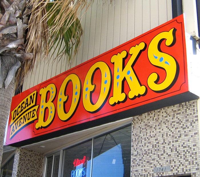 ORIG-ocean-avenue-books_3161967156_o.jpg