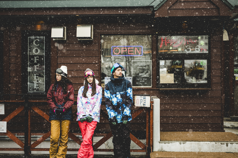 蝠・刀繧、繝。繝シ繧キ繧・snowwear.jpg