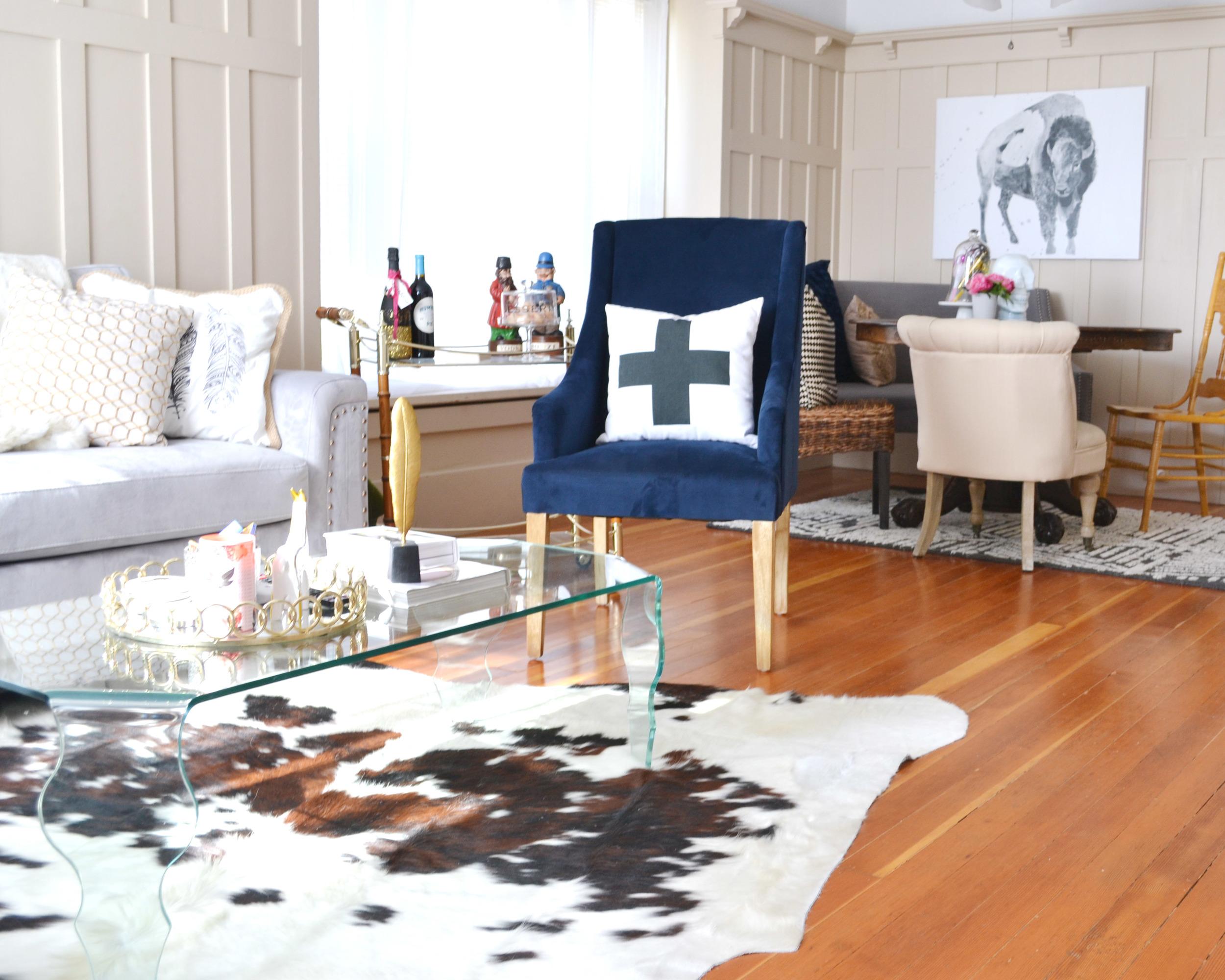 Chic Bachelorette Pad & Decorating on a Budget | Boxwood Avenue