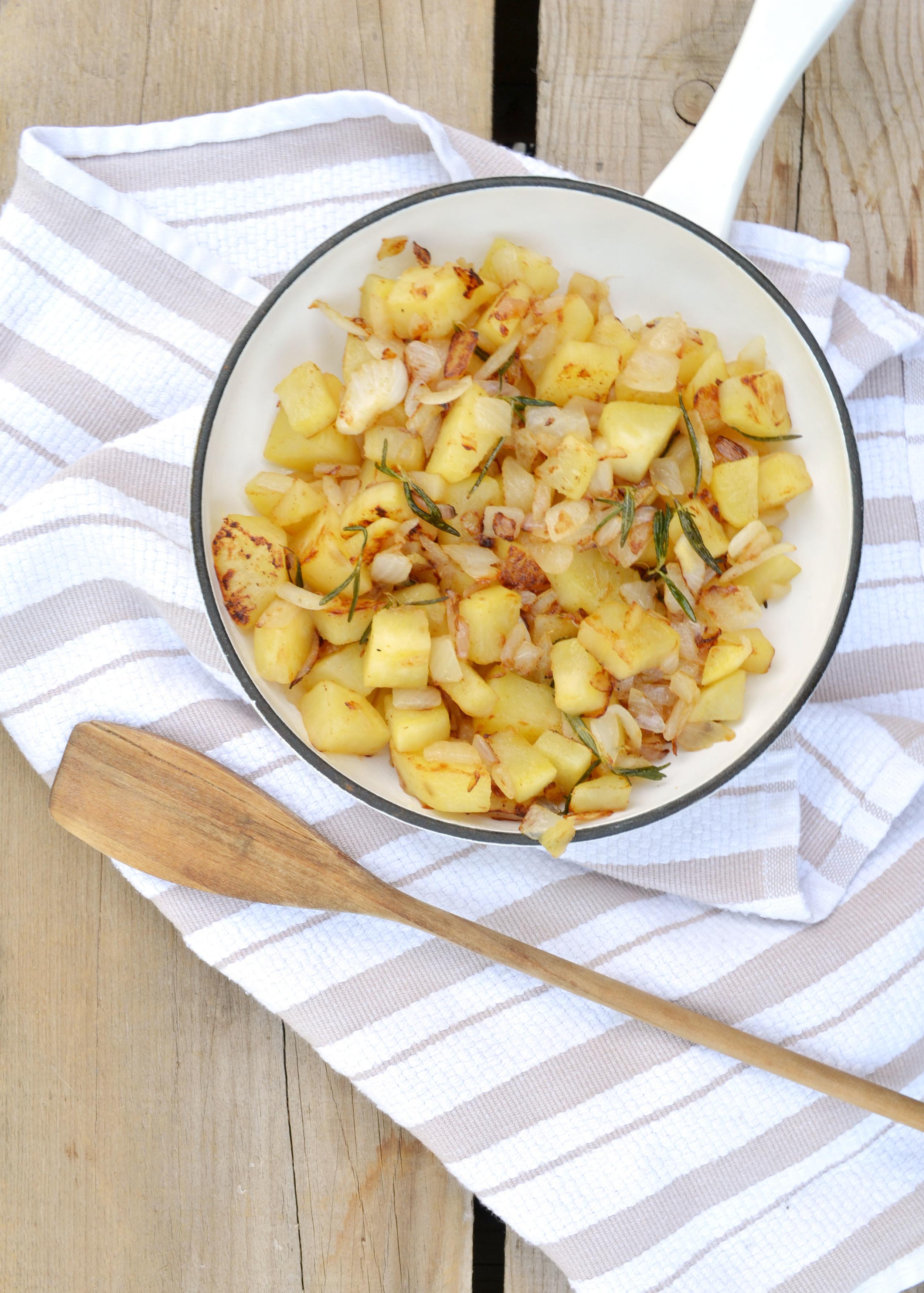 Paleo Rosemary Sweet Potato Hash | Boxwood Avenue