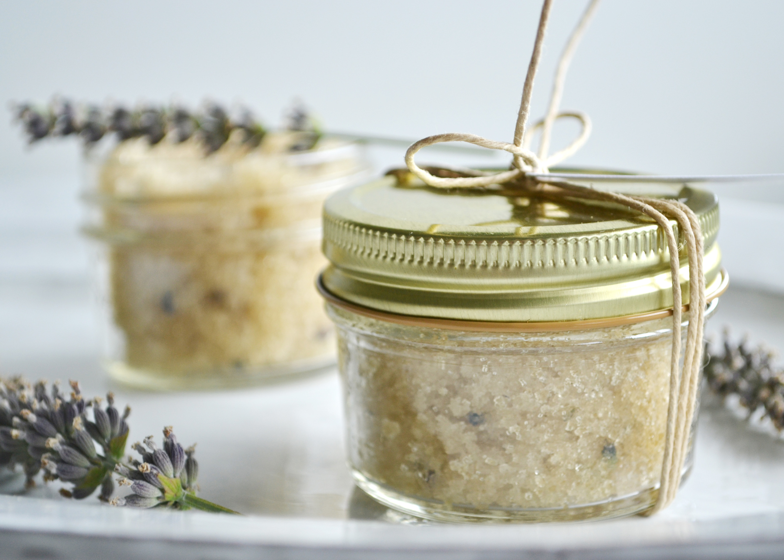 A very easy and organic sugar scrub recipe (perfect to make for a gift!) from boxwoodavenue.com