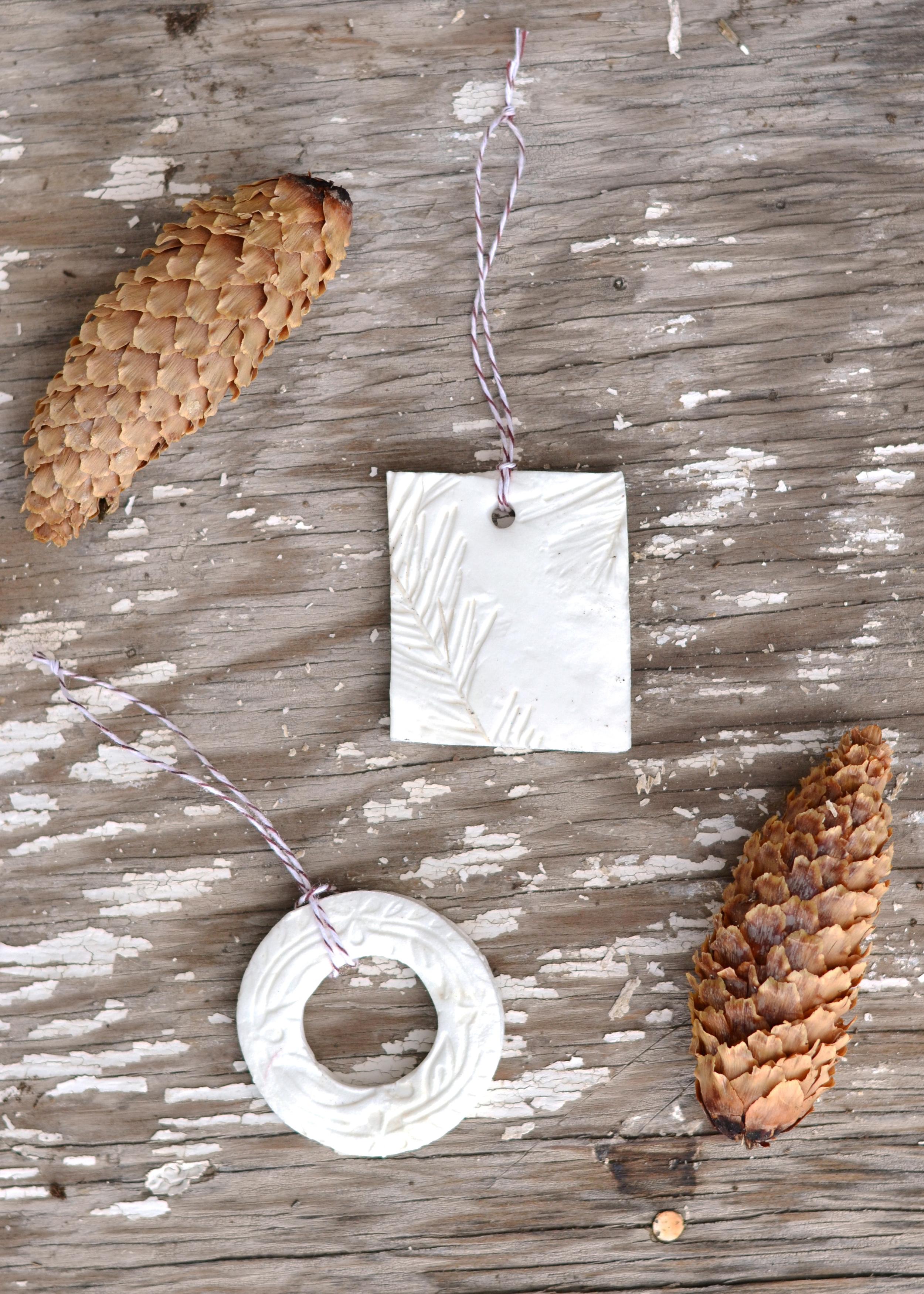 Salt dough ornaments for a minimalistic/ Scandanavian tree from boxwoodavenue.com