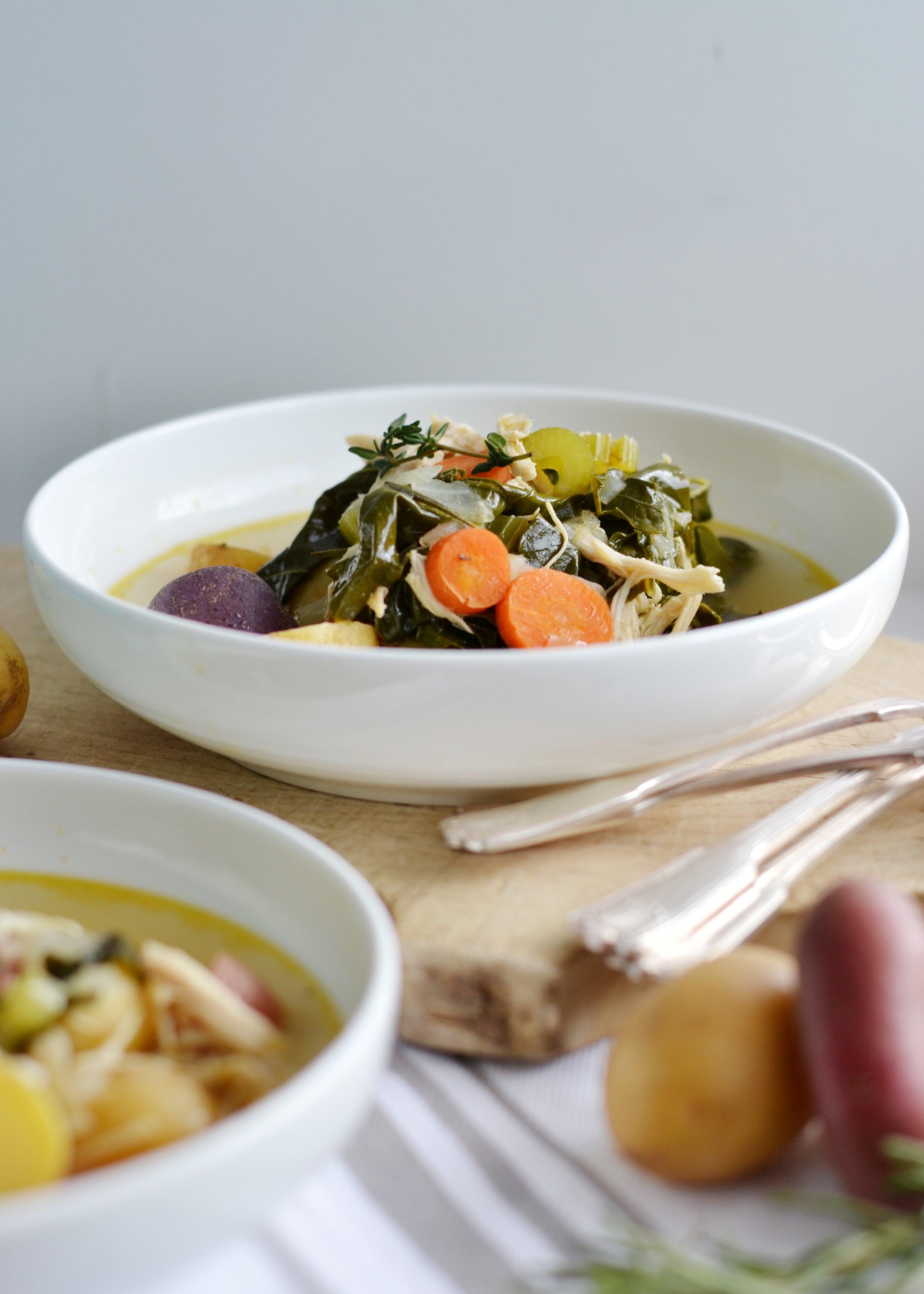Amazing low calorie Paleo soup from boxwoodavenue.com