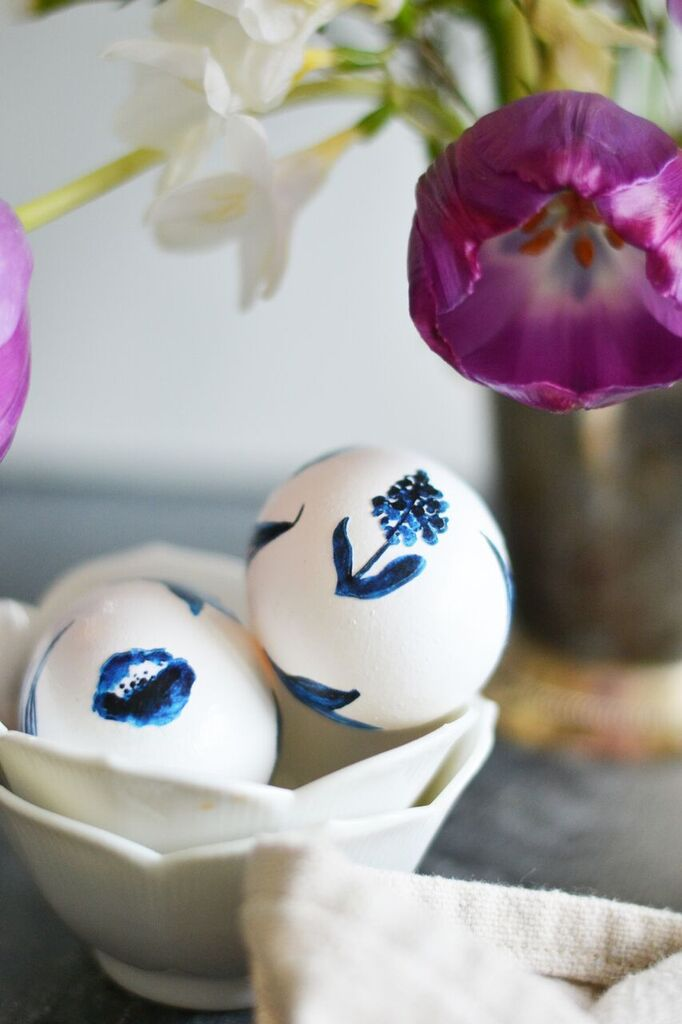 Blue & White Decoupaged Eggs | Boxwood Avenue for Today's Creative Life