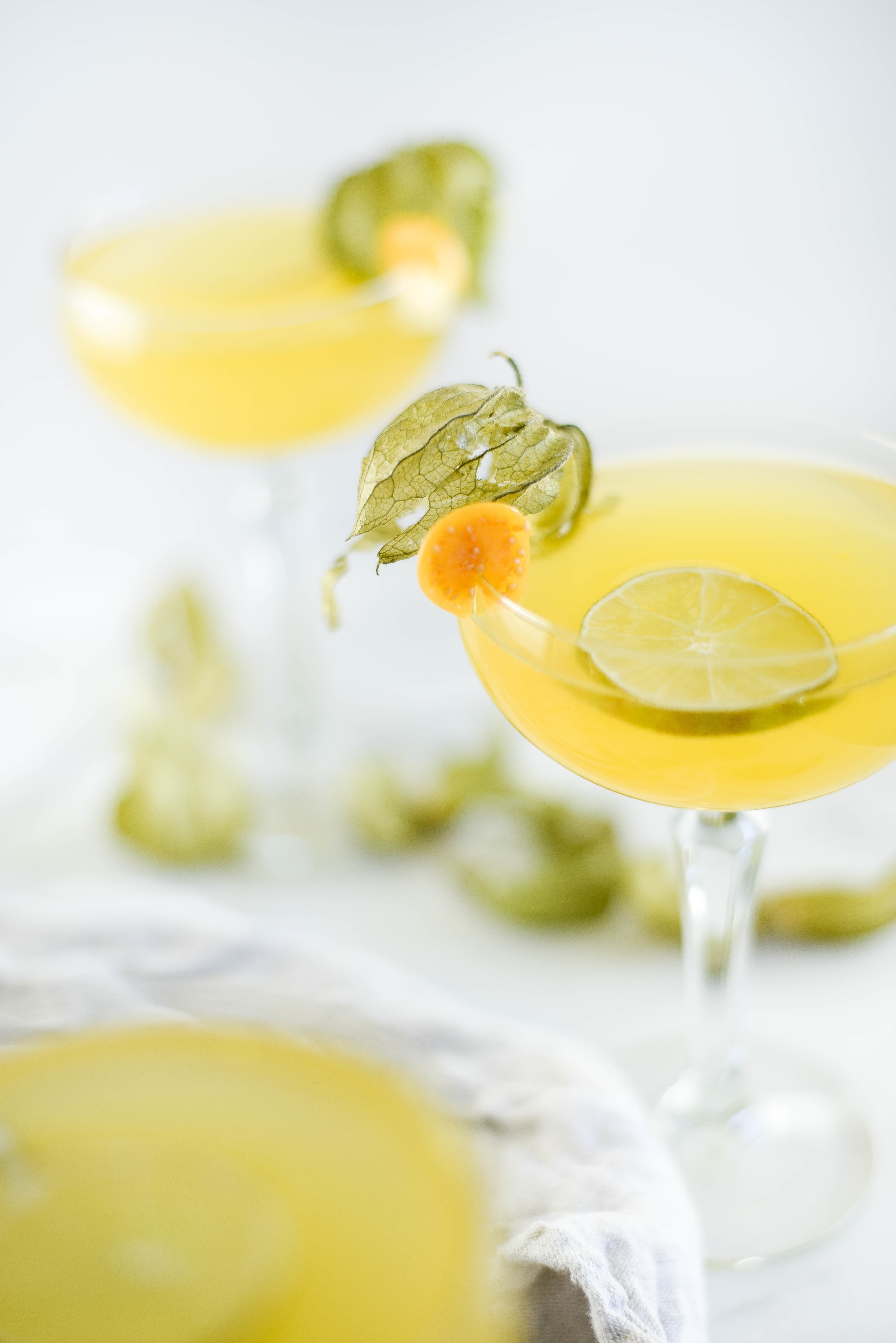 Golden Berry and Gin cocktail from boxwoodavenue.com