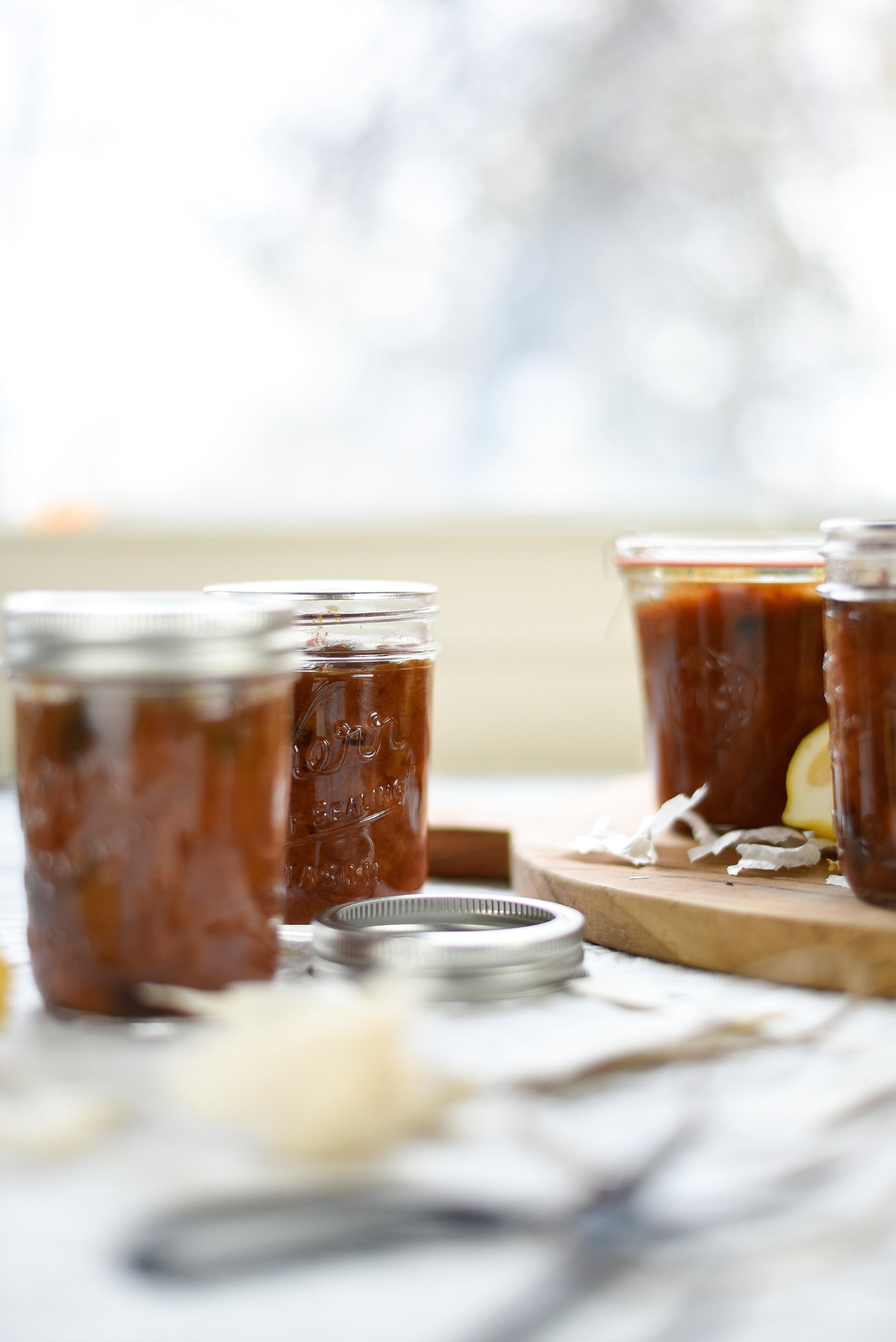Spiced pear chutney - an edible gift for the holidays! boxwoodavenue.com