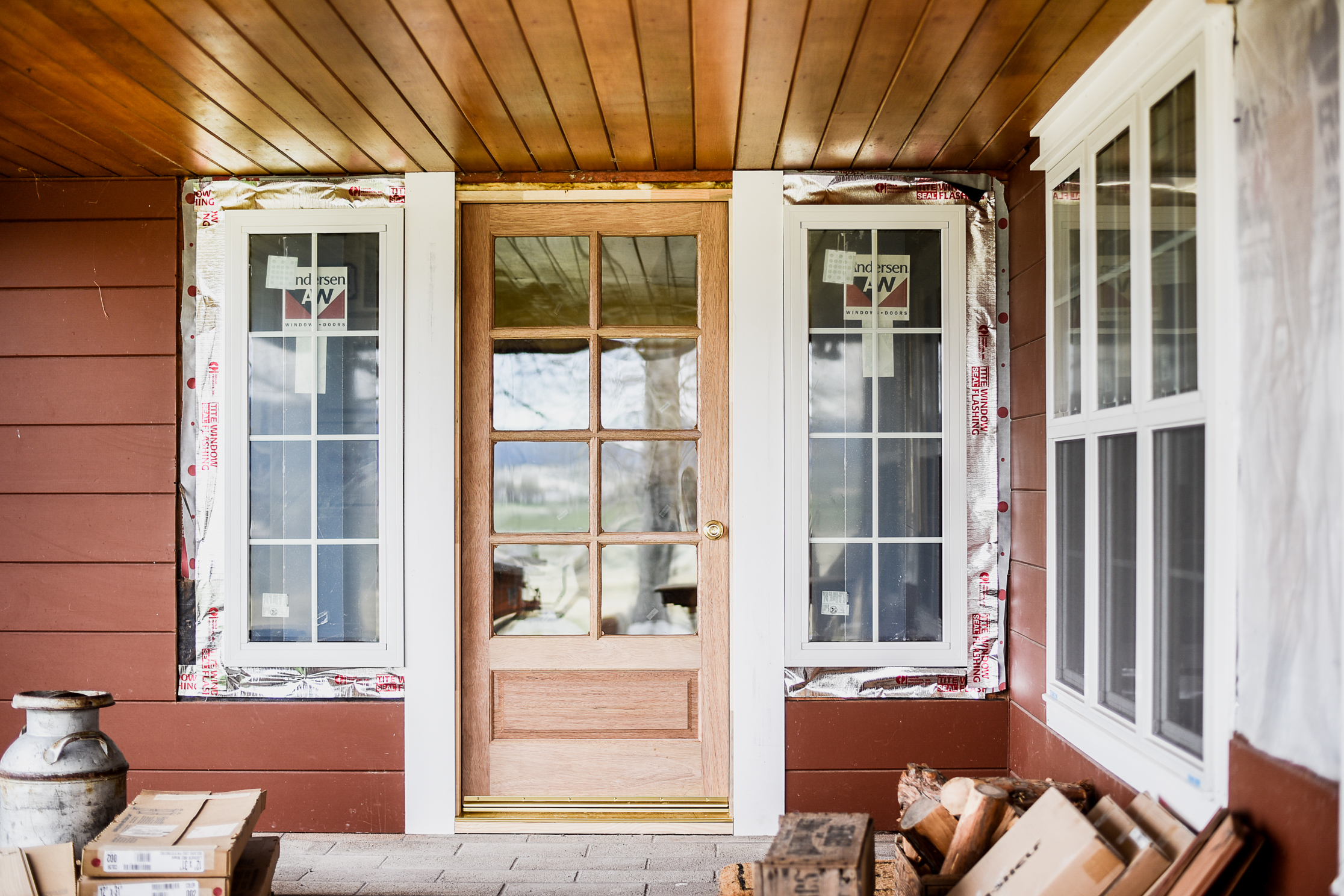 60s ranch white farmhouse renovation | boxwoodavenue.com