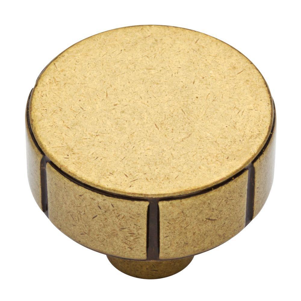 martha-stewart-living-cabinet-knobs-p37142c-474-cp-64_1000.jpg
