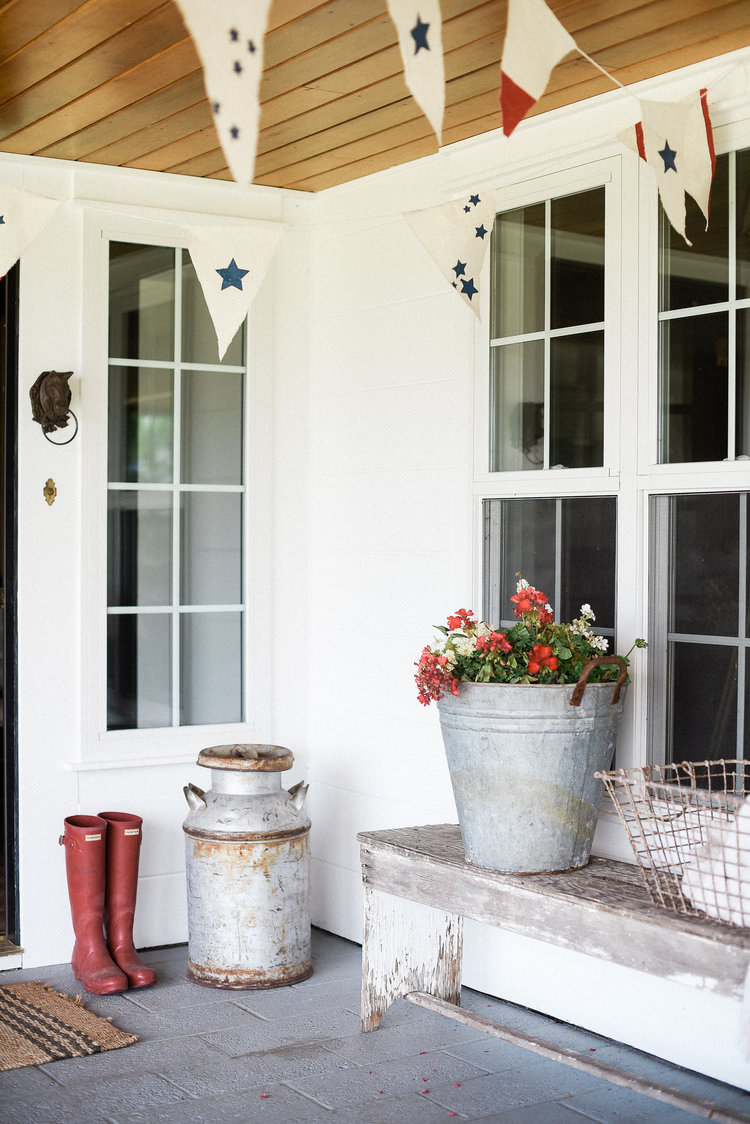 Easy 4th of July Porch Decorating Ideas with DIY bunting