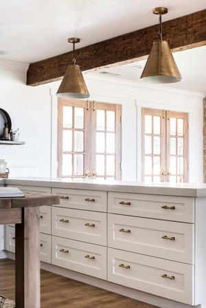Classic Brass Drawer Pulls in White Farmhouse Kitchen | boxwoodavenue.com