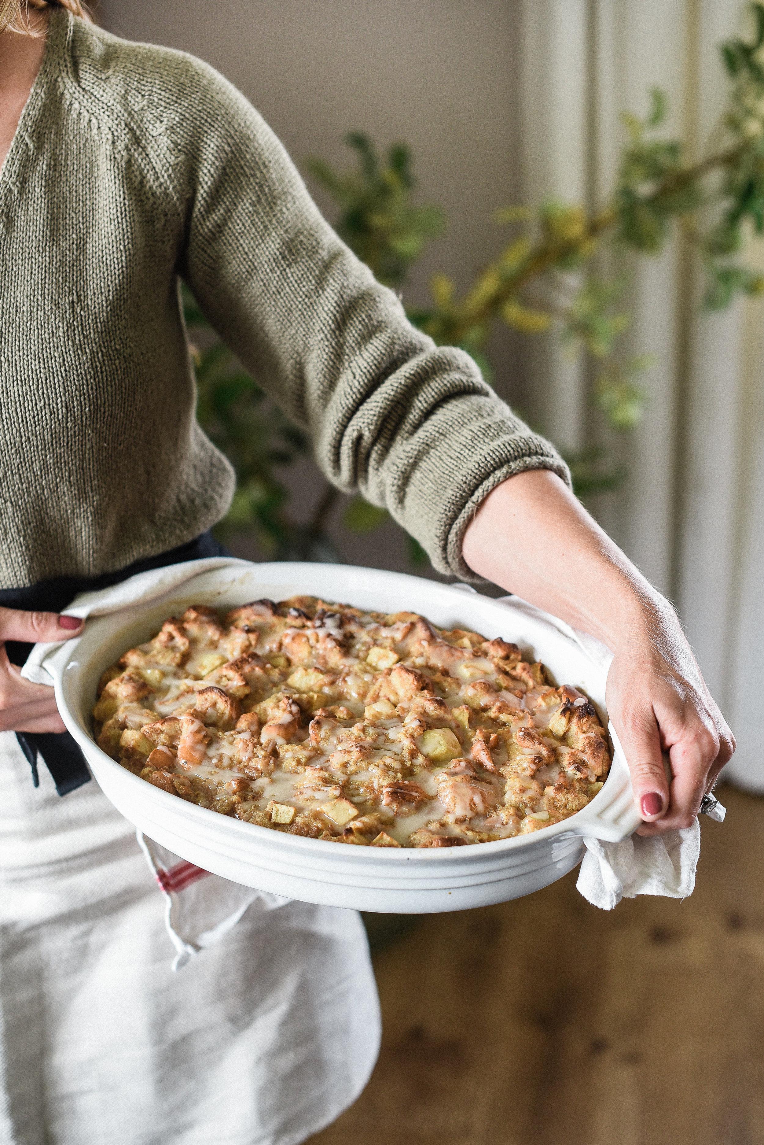 Delicious apple brioche bread pudding | boxwoodavenue.com